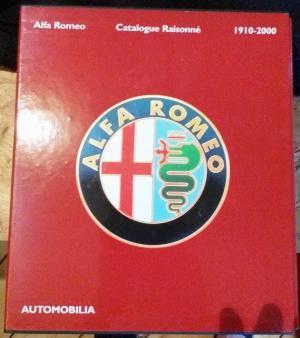 Bildtext: Alfa Romeo. Catalogue raisonné 1910-2000 (2 Bände im Schuber) von Paolo Altieri (Autor), Giovanni Lurani Cernuschi (Autor), Ippolito Alfieri (Autor), Marco Matteucci (Autor), Sergio Puttini (Autor), Luigi Fusi (Autor)