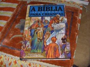 A Biblia Ilustrada Para Criancas