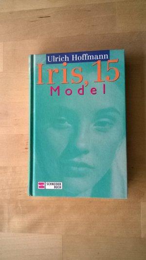 Iris, 15, Model