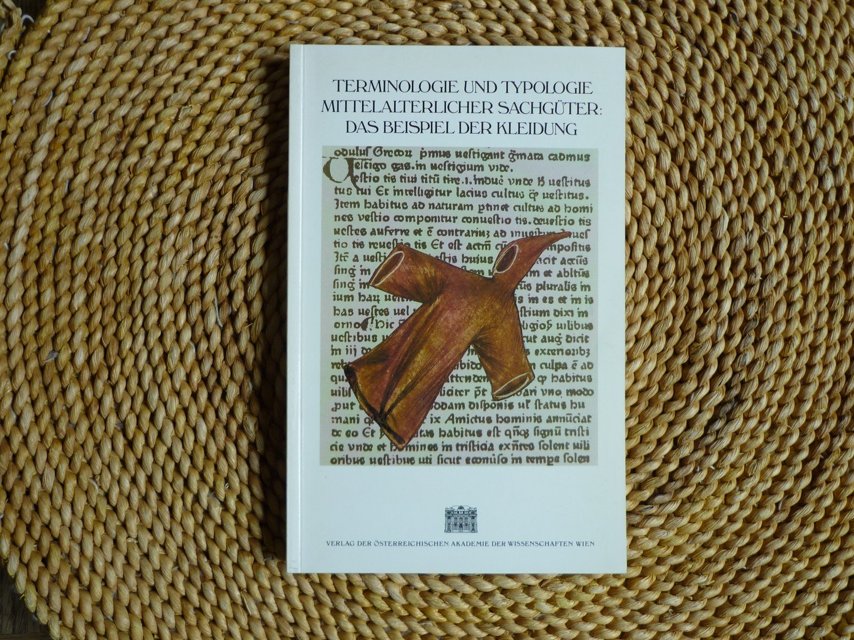 terminologie und typologie mittelalterlicher sachgter das beispiel bcher gebraucht antiquarisch neu kaufen - Sachguter Beispiele
