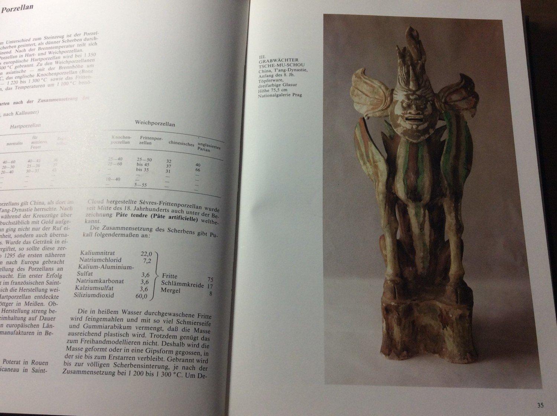Unterschied Ton Keramik unterschied keramik und porzellan verziertes porzellan auf regal