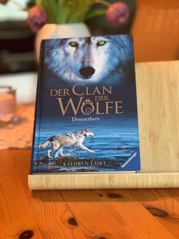 """""""Der Clan der Wölfe"""" – Bücher gebraucht, antiquarisch ..."""